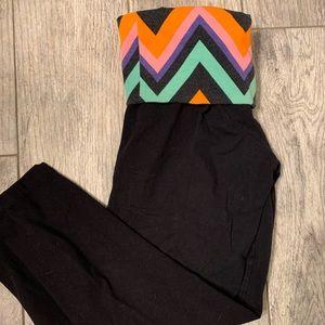 City street | yoga pants